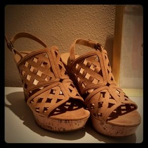 Franco Sarto lattice wedges
